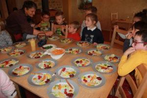 Assiettes d'entrée colorées